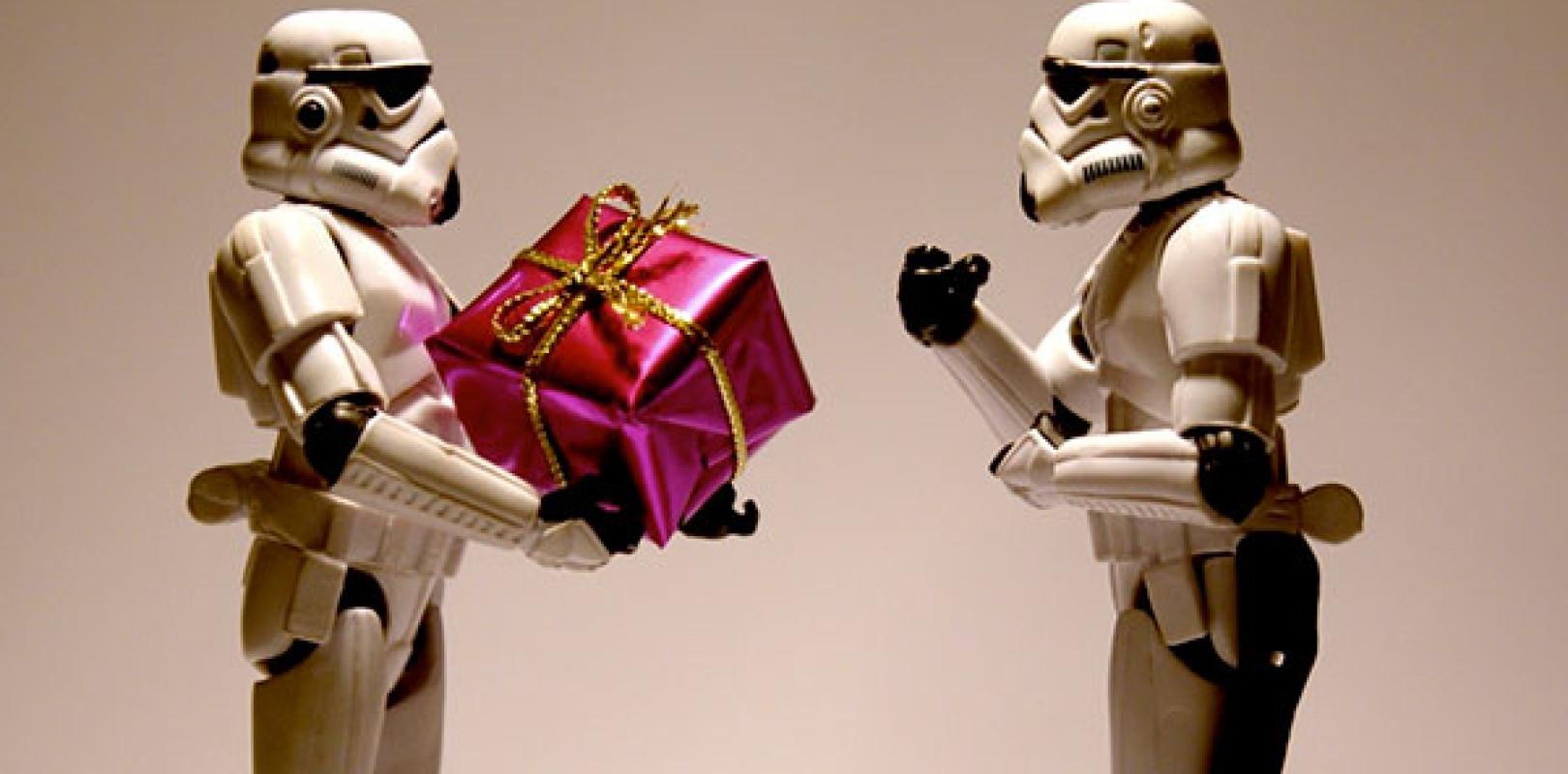 Regali Di Natale Che Costano Poco.Star Wars Tutti I Regali Di Natale Che Non Sapevi Di Volere Nerdgate