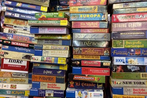 Speciale giochi da tavolo ecco 10 giochi da tavolo per - Domino gioco da tavolo ...