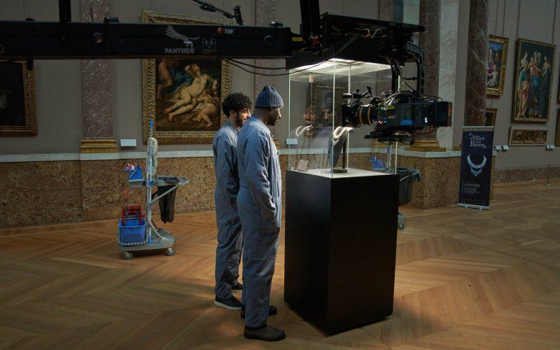 Lupin: trailer, le prime foto e la locandina della serie Netflix